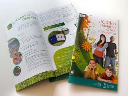 Diseño y maquetación del Programa Vacacional del Ayuntamiento de Vitoria-Gasteiz.